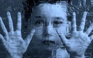 Аутизм у детей: признаки и диагностика