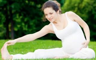 Йога для беременных на 3 триместре: что можно. что нельзя
