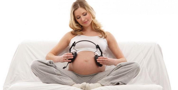 37 неделя беременности – что происходит с малышом и мамой