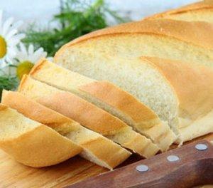 В первые дни придется отказаться от белого хлеба.
