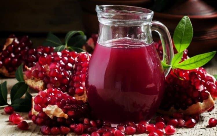 Гранатовый сок в идеально должен быть свежевыжатым.
