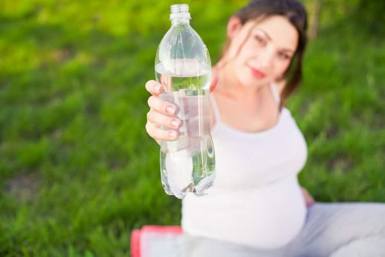 Запор при беременности: причины и как лечить