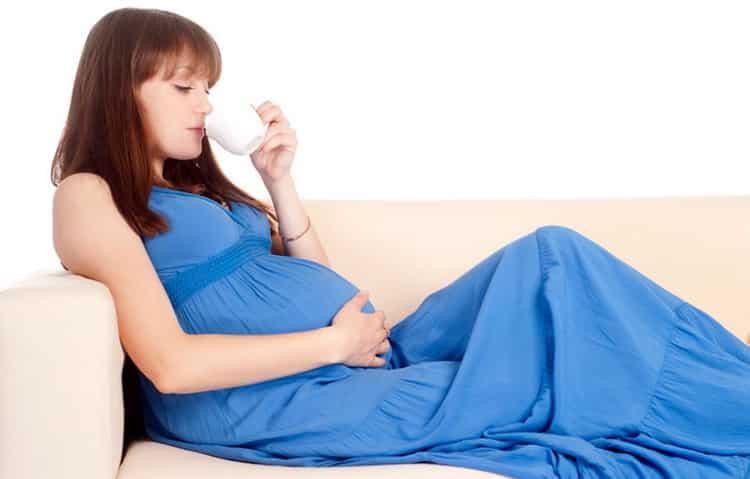 Все о том можно ли беременным кофе с молоком