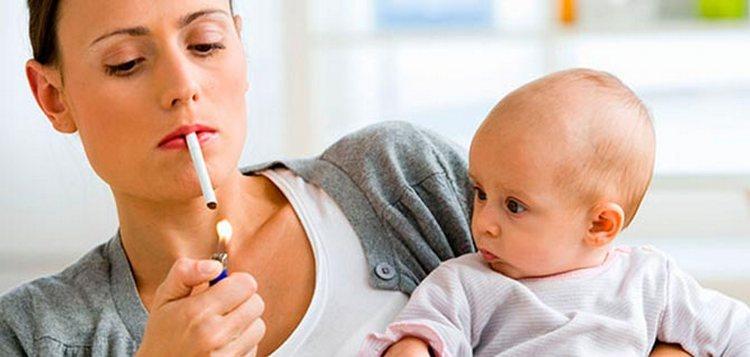 Некоторые женщины думают, что если они не курили, будучи в положении, то к этой привычке можно вернуться сразу после родов.