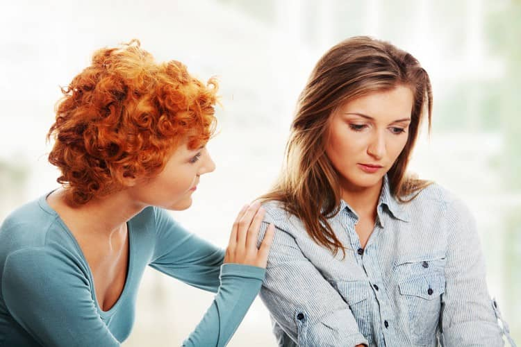 Многие слушают советы подруг, якобы более опытных, и решаются на домашние роды.