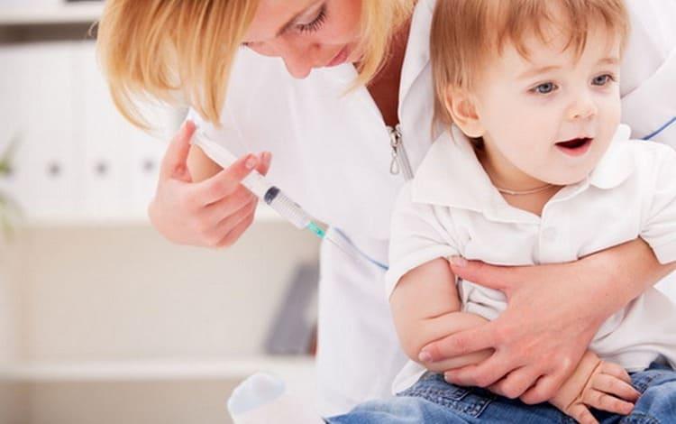 Прививка против гемофильной инфекции должна быть сделана детям до 5 лет.