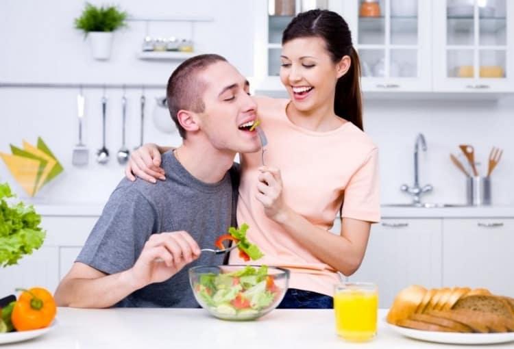 Есть и некоторые продукты, улучшающие спермограмму.