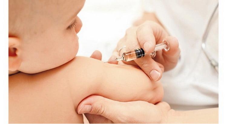 Ознакомьтесь с тем какие прививки делают в роддоме новорожденным