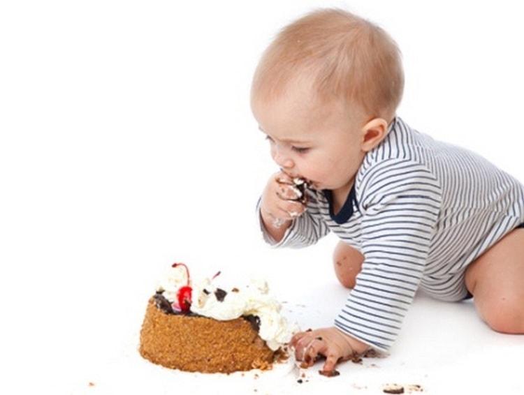 Аллергия на сахар у ребенка, наверное, проявляется наиболее часто.