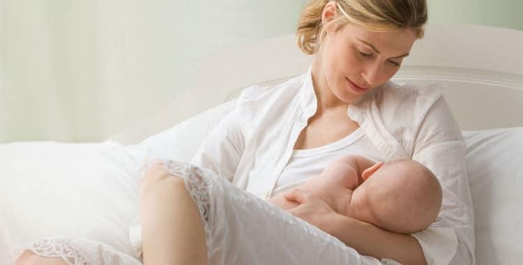 Можно ли кормить грудью ребенка при температуре