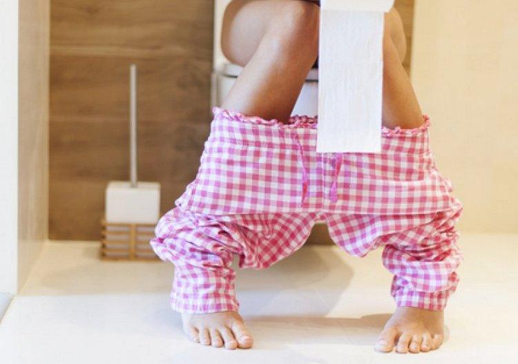 Глицериновые свечи для беременных часто становятся спасением от запоров.