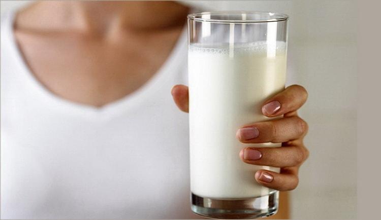 можно ли мамам коровье молоко