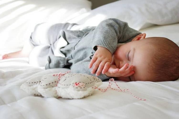Как наладить режим сна ребенка в 3 месяца