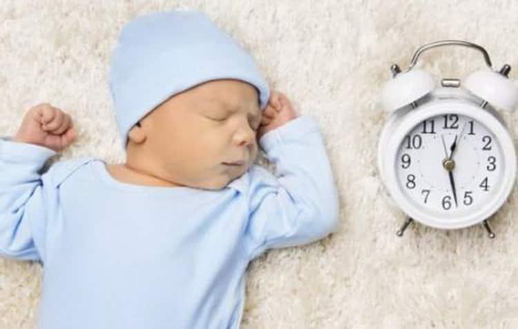 Как выстроить режим дня ребенка в 3 месяца