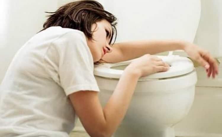 Что делать если  чешется живот при беременности на поздних сроках