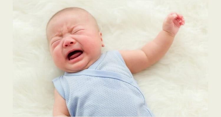 сколько и до какого месяца длятся колики у новорожденных