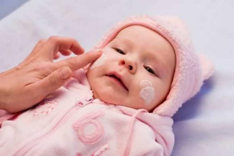 Как наносят судокрем для новорожденных