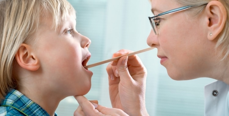 Аденоиды у детей: симптомы и лечение