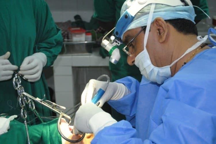 операция это самый действенный метод, как удаляют аденоиды у детей.