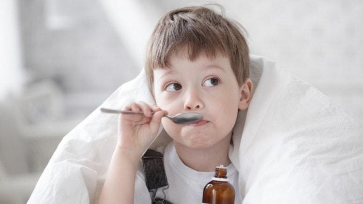 вызывать аллергический кашель могут и некоторые лекарства.