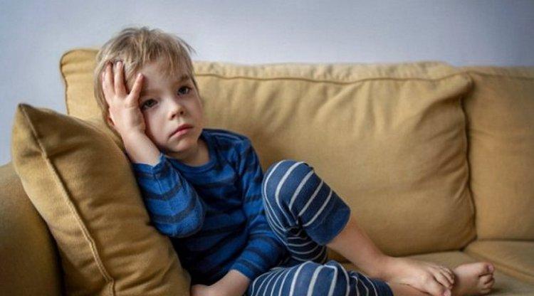 Поговорим о том, что такое аутизм у детей: признаки, симптомы, причины возникновения.