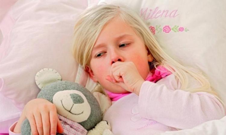 Симптомы и лечение аллергического бронхита у детей тоже отличаются от обычного.