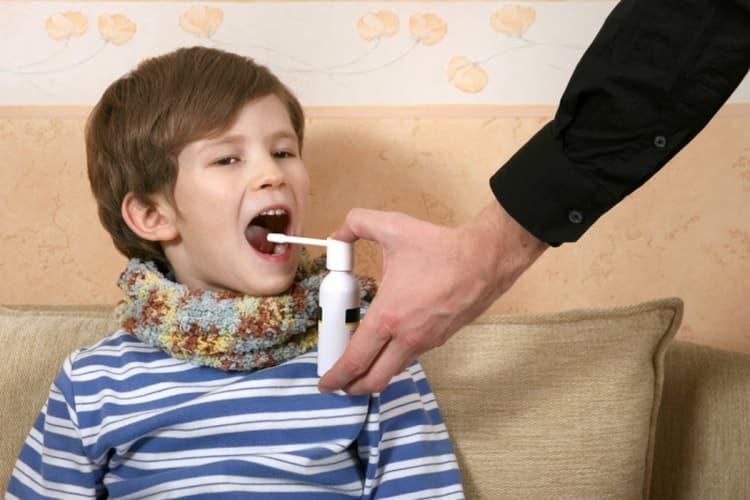 В особо тяжких случаях врач может назначить и антибиотик.