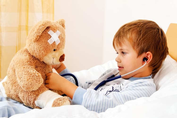 очень важно при гнойной ангине ребенку соблюдать постельный режим.