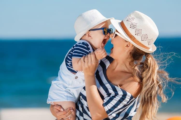 В целях профилактики желательно ежегодно возить ребенка на море или в санатории.