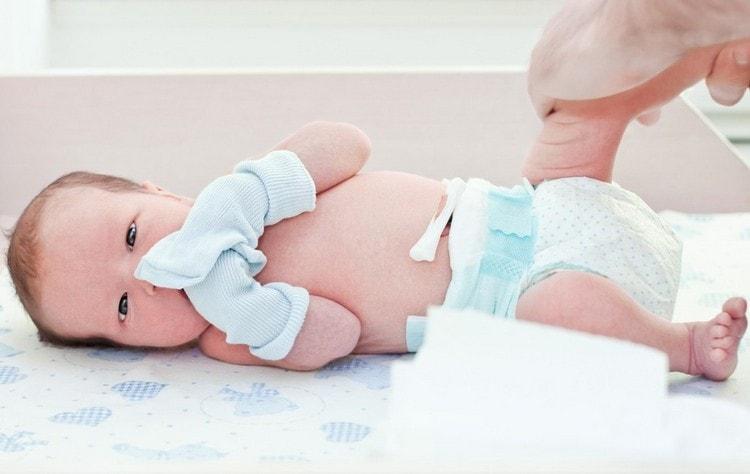 очень важно уметь правильно ухаживать за пупков новорожденного.