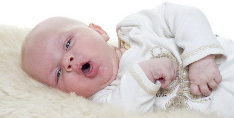 Кашель у грудничка: как лечить