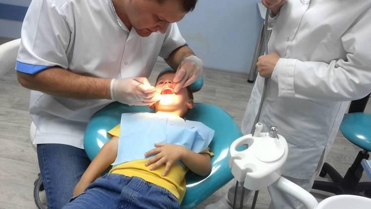 Важно также соблюдать гигиену ротовой полости, вовремя лечить, к примеру, зубы, чтобы во рту не распространялась инфекция.