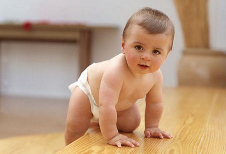 Узнайте, как развивать ребенка в 1 год.