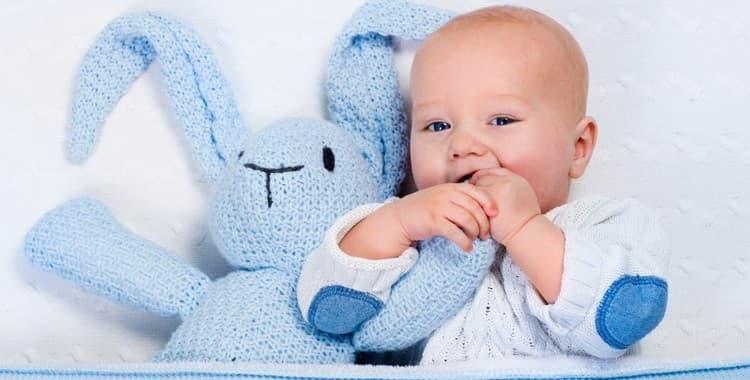 Режим дня ребенка в 5 месяцев: как установить