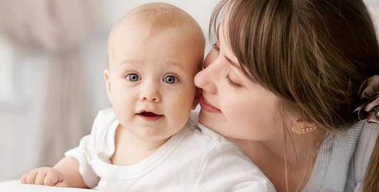 Режим дня ребенка в 9 месяцев: как установить