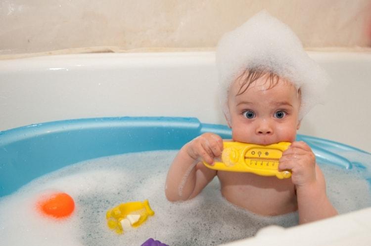 Конечно же, еще большее значение приобретают в этом возрасте вечерние купания.
