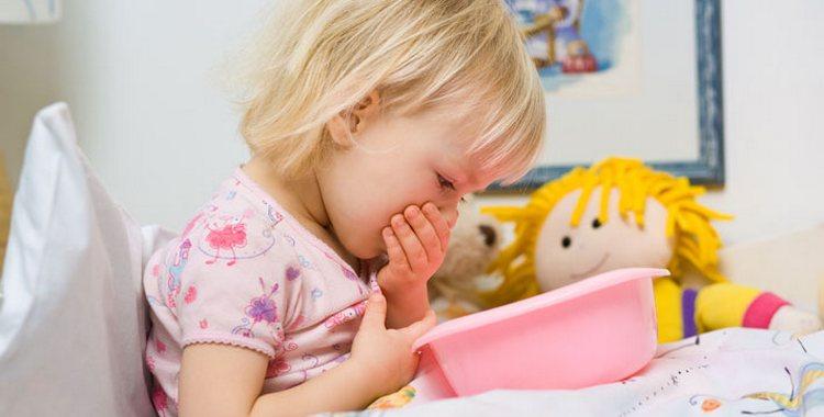 Рвота и понос у ребенка: чем лечить