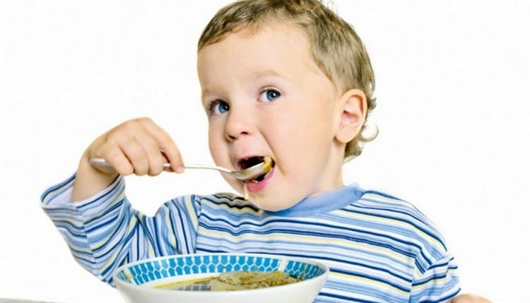 При лечении герпетического стоматита у детей важно также соблюдать специальную диету.