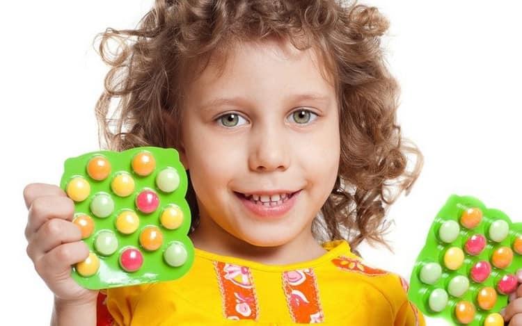если ребенок не соответствует показателям таблицы веса и роста относительно возраста, возможно, ему нужны дополнительные витамины.