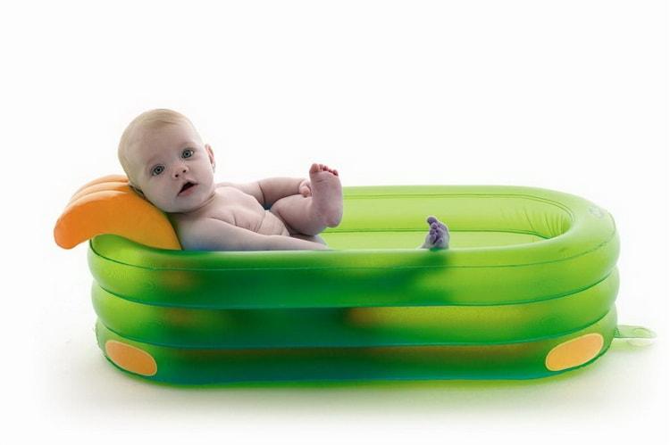 Надувная ванночка для детей