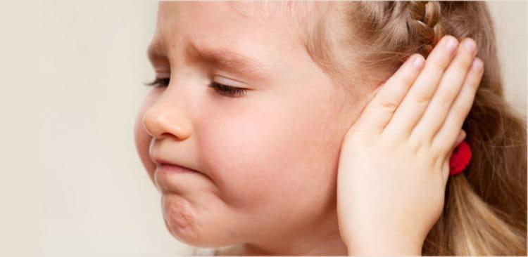 что делать если температура при отите у ребенка