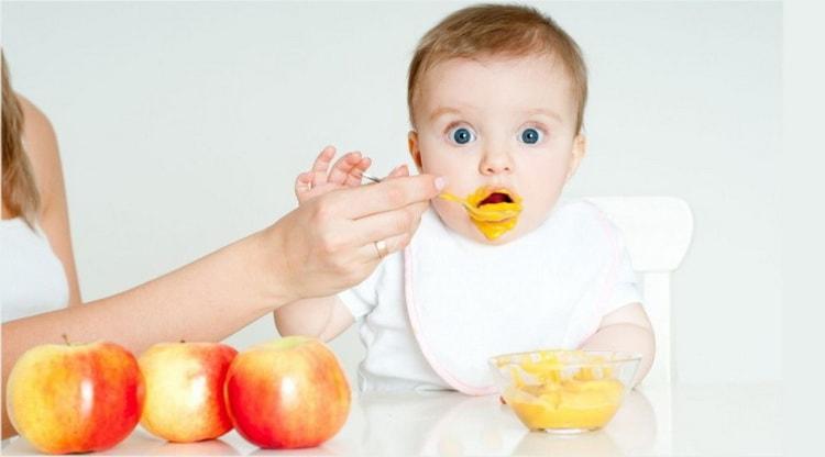 Какой должен быть режим питания у ребенка в 6 месяцев