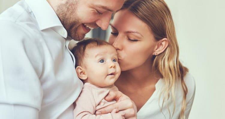 Для чего нужен режим дня новорожденному