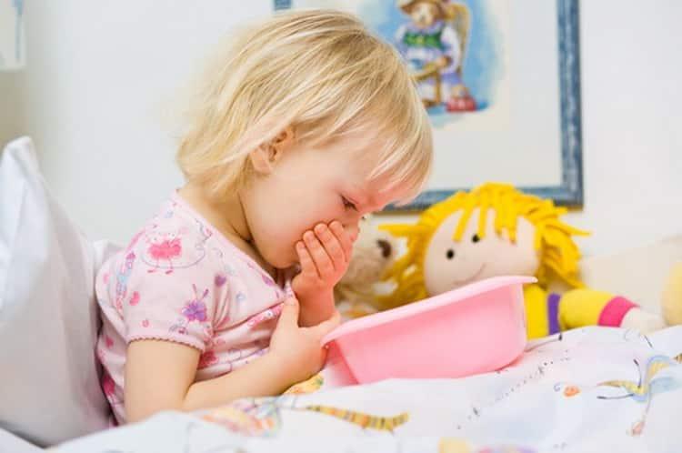 Почему возникает рвота у ребенка без температуры