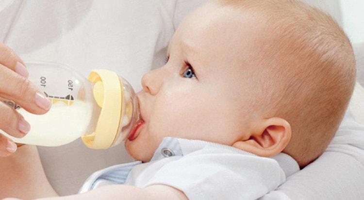 как правильно кормить грудничка при смешанном вскармливании