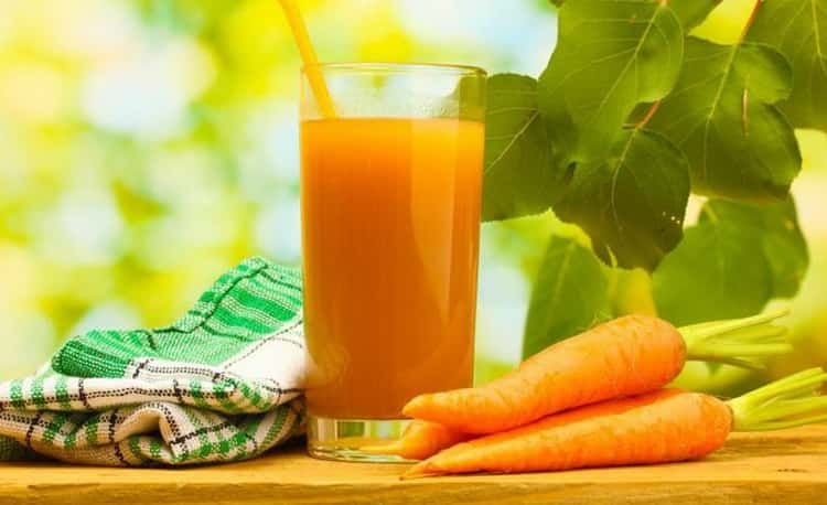 Морковный сок при сухом кашле