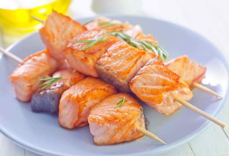 Рыбный шашлык для кормящей мамы