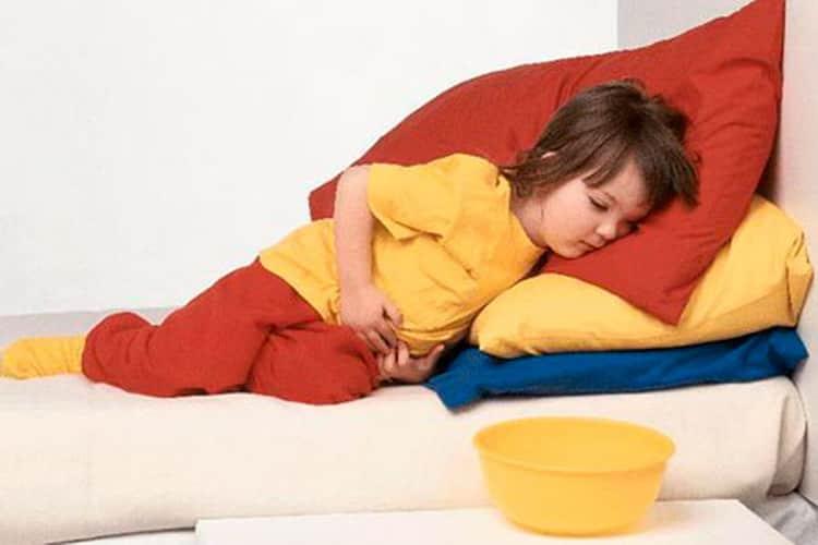 у ребенка изо рта пахнет ацетоном: причины