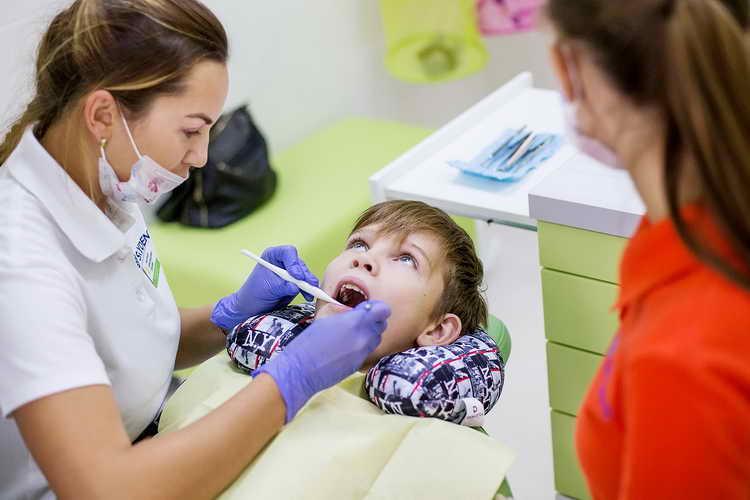 запах изо рта у ребенка 3 лет