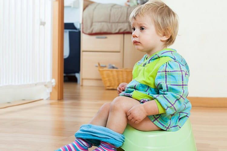 Среди побочных эффектов от этого лекарства возможны расстройства работы ЖКТ, в частности тошнота, диарея.